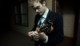 chris-thile-spotlight