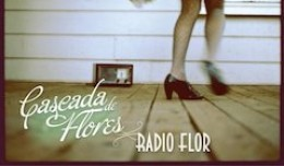 cascada-de-flores-radio-flor-260x152-1412626810