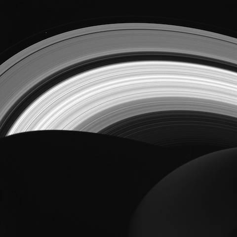 saturn-rings1
